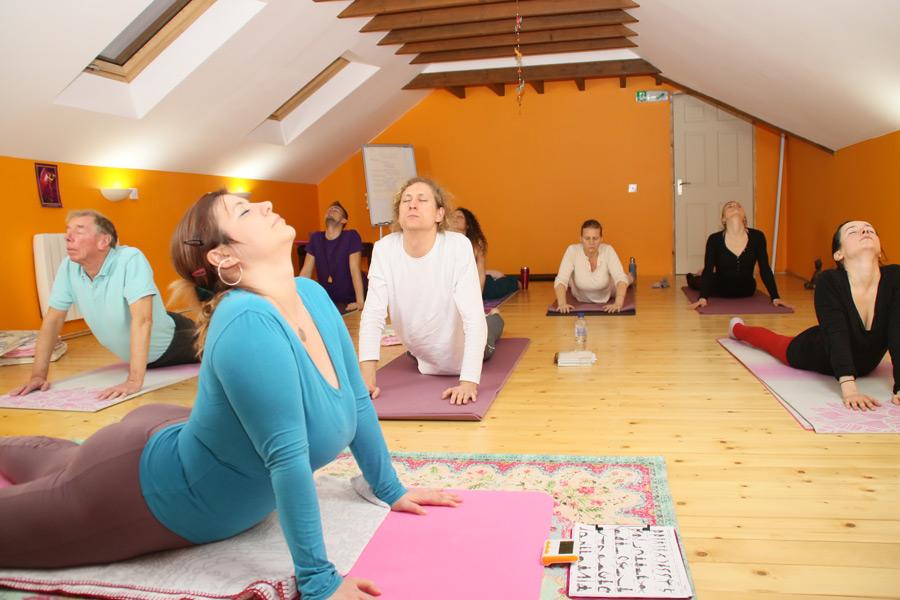 yoga tantra class edinburgh